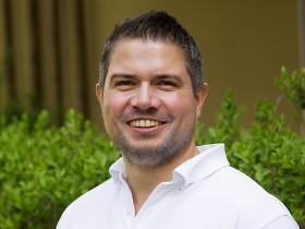 Dr. Christoph Klein (Msc. Orale Chirurgie und Implantologie)