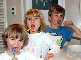 Zahnbehandlungen für Kinder